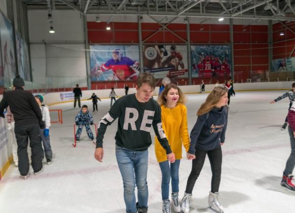 Каание на коньках на тренировочной арене г балашиха