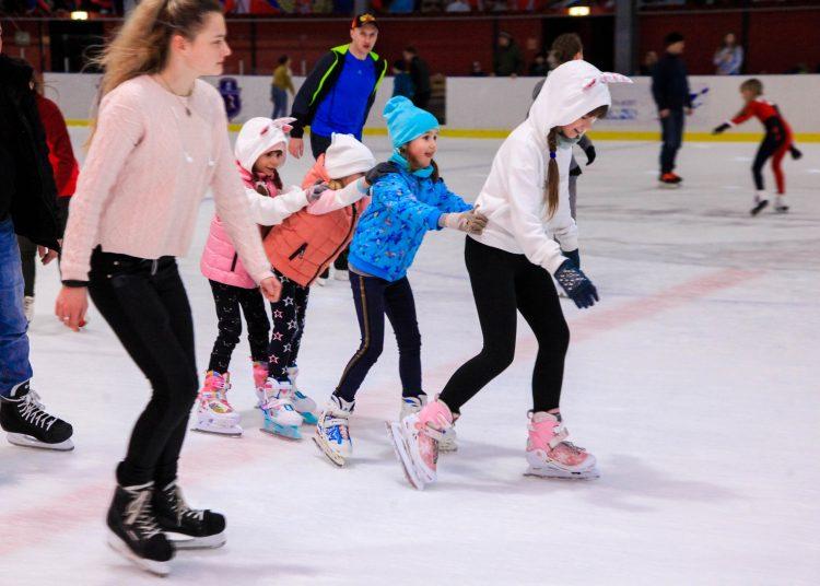 Дети на коньках